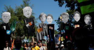 Жестоки сукоби демонстраната са полицијом у време одржавања самита Г-7 (видео)