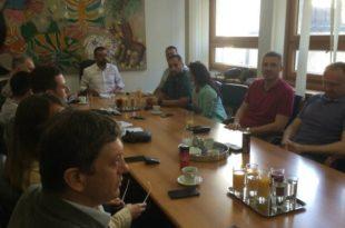 Веселиновић на састанку опозиције: Мало је времена да се услови испуне, власт практично зове на бојкот