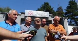 Радници Kрушика најављују обуставу рада јер су режимски трговци оружјем УНИШТИЛИ фабрику 8