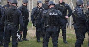 Словенија мобилисала помоћну полицију због миграната 10