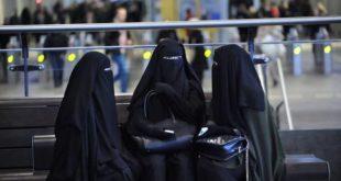 Холандија забранила бурке и хиџаб у јавним зградама 9