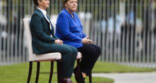 Меркелова би да јој Ана Брнабић заврши Косово и преда га њој да га она арчи како хоће 5