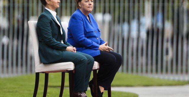Меркелова би да јој Ана Брнабић заврши Косово и преда га њој да га она арчи како хоће 1
