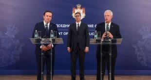 """ВЕЛЕИЗДАЈНИК је одбрану државе и народа свео на идиотизам """"и Србија да добије нешто"""" 9"""