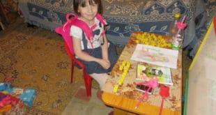 Детињство на хлебу и масти и живот 115.000 деце у Србији која живе у апсолутном сиромаштву 12