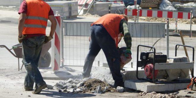Експлоатација радника на српски начин 1
