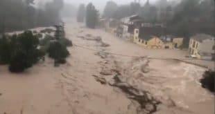 Незапамћено невреме на југу Шпаније, вода носи све пред собом, има мртвих (видео)