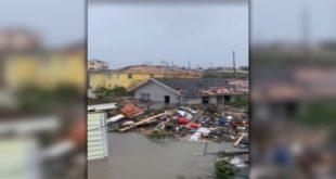 Ураган Доријан развалио Бахаме, удари ветра од 285 километара на сат (видео) 8