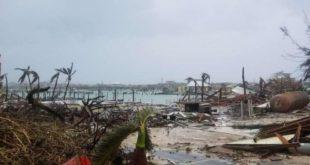 """Историјска трагедија"": Ураган Доријан разорио Бахаме, однео пет живота (видео)"
