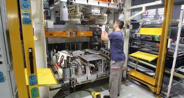 Индустријска производња и извоз из Србије на издисају