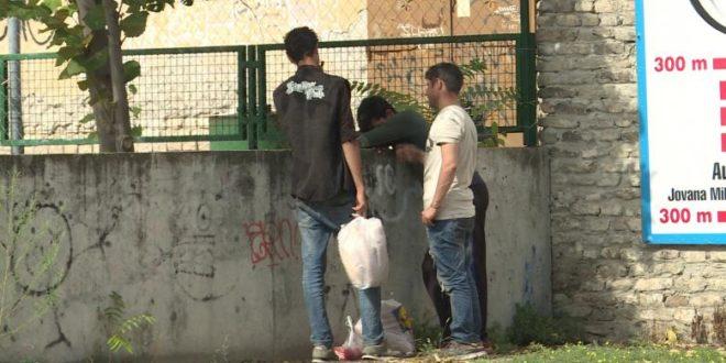 НОВИНАРKА УЗБУРKАЛА ЈАВНОСТ: Систем заташкава мигрантске нападе у Суботици! 1