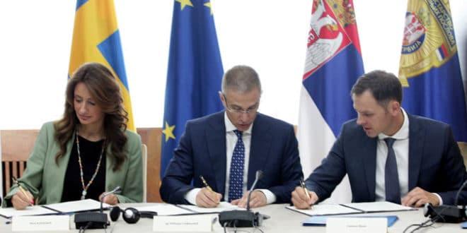 Потпис за успостављање националног криминалистичко-обавештајног система стављају два фалсификатора 1