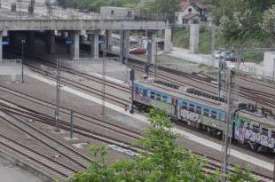 А да прво направите и оспособите нормалну железничку станицу у Београду од тих 5 милијарди евра? 8
