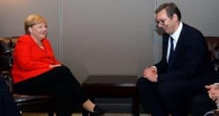 Вучић са Меркел хоће да разбије СзС и да на изборе изведе Демократску странку 8