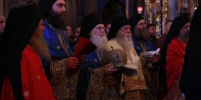 АНАКСИОС!!!  Игуман Хиландара Методије подржао украјинске расколнике и Фанариоте !!! (фото)