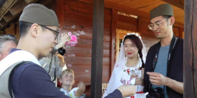 Мрсна свадба за Кинезе 1