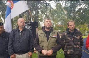 Док су они крварили за Србију Вучић се усељавао у нови стан па данас чак одбија да поприча са њима (видео) 10