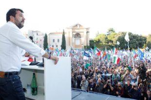 Салвини: Италија не сме зависити од телефонских позива Меркел и Макрона