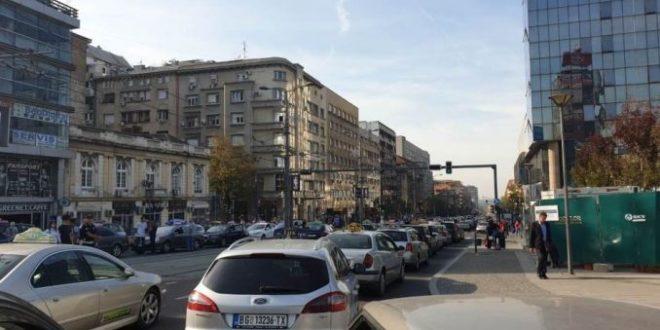 Београд: Општи колапс у центру града због протеста таксиста