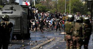 Чиле: Власт подигла цену јавног превоза на шта су Чилеанци одговорили масовном побуном (видео)