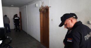 Извршитељи иселили старији брачни пар у Врању који нису ни знали да им је стан продат 4