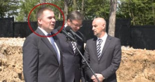 Док је Kрушик пропадао, породица директора стекла милионе евра