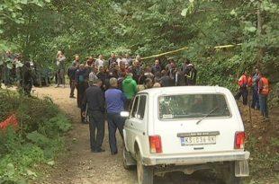 Мештани блокирали пут од Брзећа ка Копаонику - не желе мини-хидроелектрану (видео)