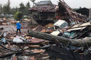 Јапан: Под ударима тајфуна Хагибис погинуле 23 особе, влада распоређује војску (видео) 10