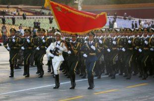 У Пекингу гигантском војном парадом обележено 70 година комунистичке Кине (видео)