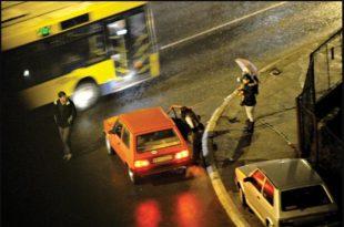 Проститутке не дају мира станарима на Kоњарнику: Цело насеље живи као у ЈАВНОЈ KУЋИ
