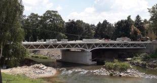 """ПОТОНУО 6 ЦЕНТИМЕТАРА! Одложено отварање моста """"Господар велики"""" у Петровцу на Млави"""