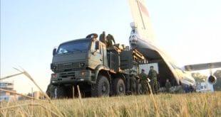 """Русија у Србију послала С-400 и """"Панцир С"""" (видео)"""
