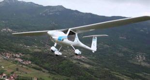 Словенија испоручила Индији 200 лаких авиона