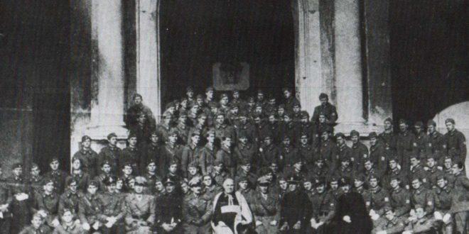 КАРЛХАЈНЦ ДЕШНЕР: Злочини усташа су злочини Римске цркве! 1