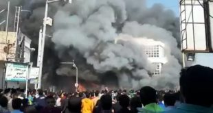 Сто градова на ногама: Талас протеста захватио Иран (видео)