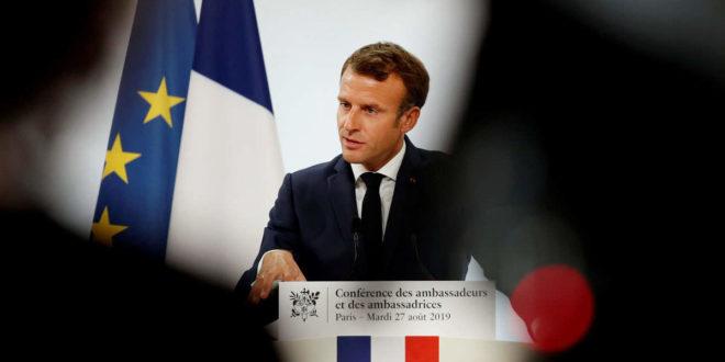 Емануел Макрон: Вртићи, школе и универзитети у Француској престају са радом због коронавируса