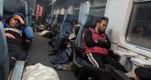 Слика из воза Прешево-Ниш пуног миграната, без иједног Србина узнемирила Европу! (фото)
