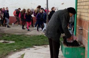 """""""Канцер је узео маха"""": Мештани Равног Села прете тужбама због загађене воде"""