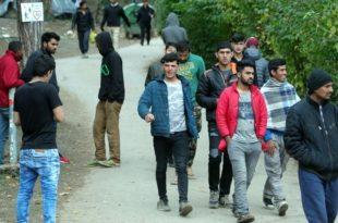 """Хрватска, БиХ и Мађарска """"гурају"""" мигранте назад у Србију"""