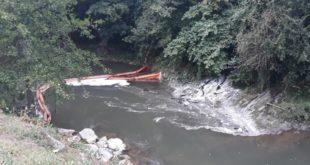 Нова еколошка катастрофа у Ивањици: Моравицом опет плива мазут