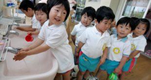 ЈАПАН: Нема обавезне вакцинације и нема MMR вакцине = здравија деца