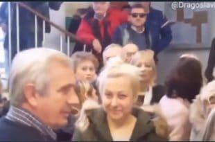 НАПРЕДЊАЧКИ ШЉАМ напао људе који у општини Звездара траже враћање троле 28 (видео)