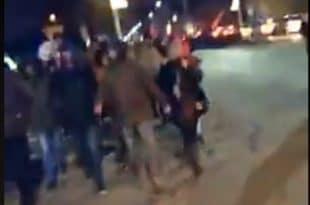 Тензије у Никшићу: Демонстранти кренули ка родној кући Мила Ђукановића (видео)
