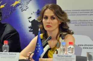 ПОВЕРЕНИЦА ЈАНКОВИЋ: Мигрантима ћемо ускоро понудити да населе делове Србије!