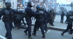 Хаос у Француској: Осми дан штрајка због реформе пензионог система (видео)