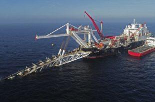 """Упркос америчким санкцијама: Немачка издала дозволу за наставак градње """"Северног тока 2"""" у својим водама"""