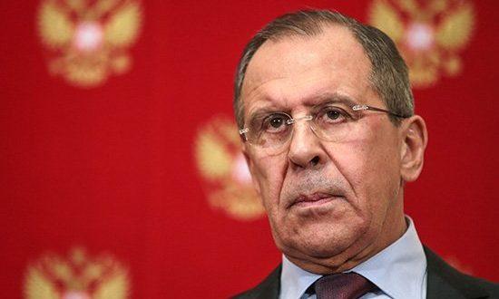 Лавров: Терористи треба да се предају јер неће бити милости према њима