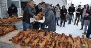 Невесиње: Људина Милан је и ове године даривао печенице сиромашним породицама за Божић