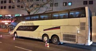 Берлин: Немачка полиција из саобраћаја искључила аутобус из Србије који се буквално распада! (фото)