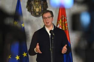 Новинарка те лепо пита да објасниш шта си КОНКРЕТНО урадио поводом антисрпског закона у ЦГ! Погледајте одговор (видео)
